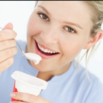 Rutin Konsumsi Yogurt Cegah Keropos Tulang