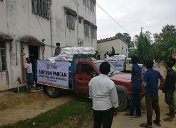 Bantuan Sosial Terus Membanjiri Pengungsi Rohingya