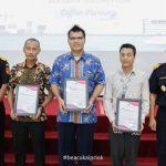 Nissan Indonesia Dapat Penghargaan dari Bea Cukai