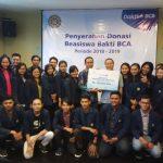 BCA Berikan Beasiswa Ke Universitas Udayana Lewat Bhakti BCA
