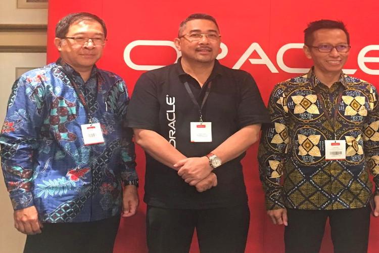 Dua perusahaan pengguna Oracle
