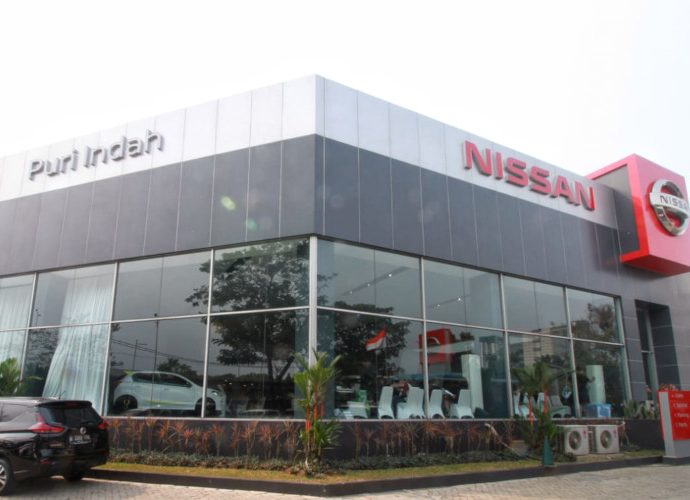 Outlet Nissan di Puri Indah
