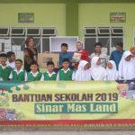 Sinar Mas Land Beri Bantuan Pendidikan di 10 SD-MI di Tangerang