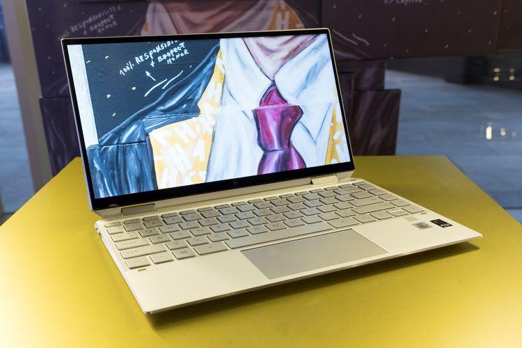 HP Luncurkan laptop Spectre x360