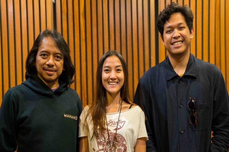 Tiga Musisi Indonesia Bikin Lagu Indonesia Inklusif