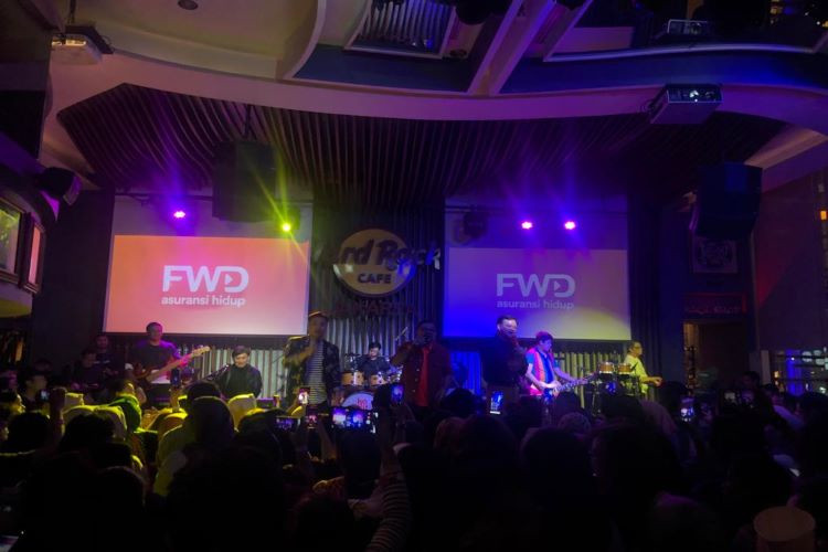 Kahitna Tampil di FWD Unstoppabel Music