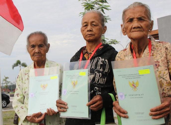 Pembagian sertifikat tanah di Kulon Progo