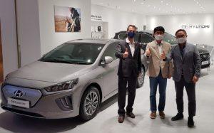 Peresmian galeri Hyundai Motors