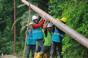 Pembangunan jaringan listrik di Riau oleh PLN